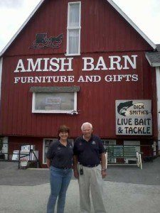 amish-barnbecky_dick375x500